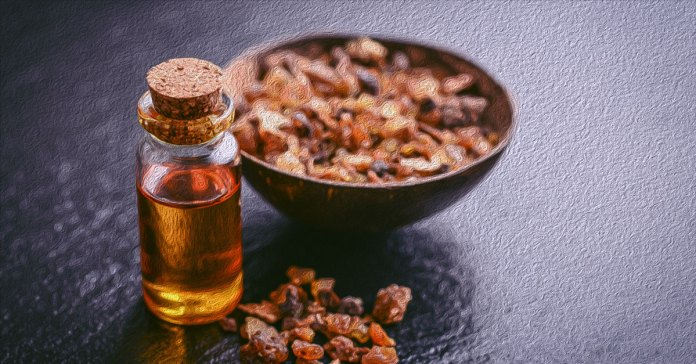 Myrrh essemtial oil can heal wounds, prevent skin aging, and reduce joint pain.