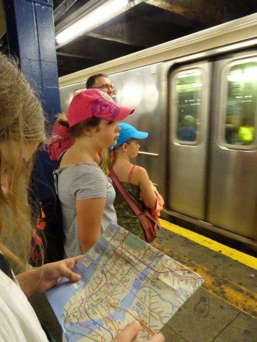 Prendre le métro à NY.