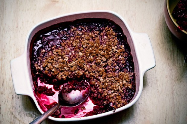 gluten free raspberry crisp