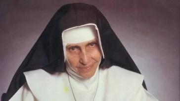 Irmã Dulce - a primeira Santa Brasileira
