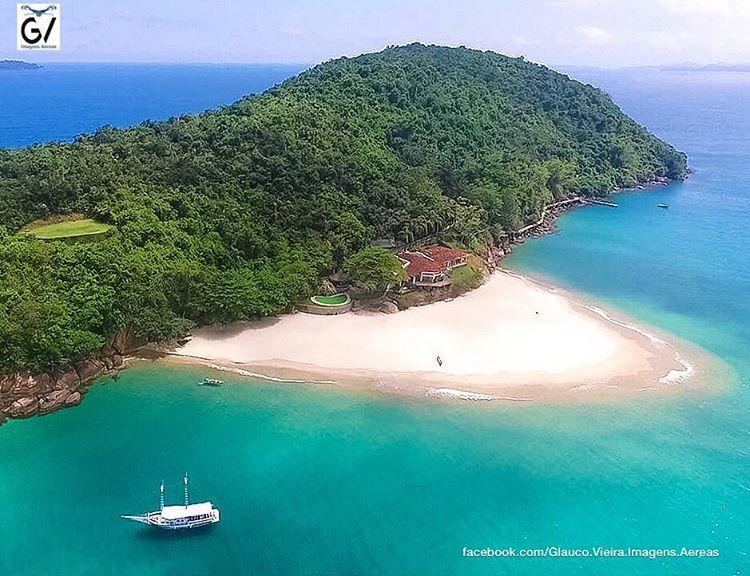 Ilha dos Porcos por @glauco_vieira_imagens_aereas