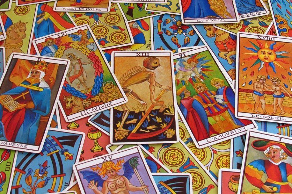 La baraja del tarot consta de 78 cartas