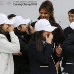 VIDEO: El momento en que la estrella K-pop roba la atención a Melania Trump en Seúl se hace viral