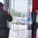 'Ladrón sexy': El asaltante de un banco colombiano se gana el corazón del público