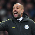 Pep Guardiola arroja cerveza en la celebración del Manchester City