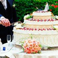 Detenido por acosar a una camarera en la celebración de su boda