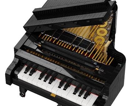 Lego lanzó un piano de      3 622 piezas que se puede tocar