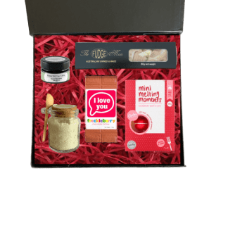 Pamper me mini gift hamper