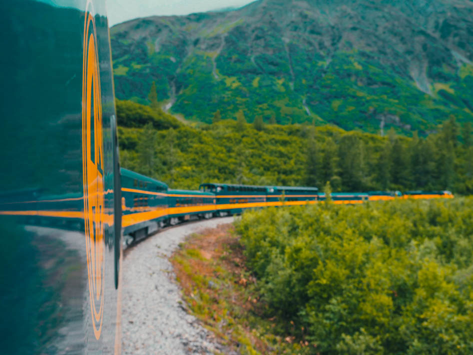 alaska railroad glacier discovery train