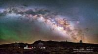 Vía-Lactea-sobre-el-Observatorio-del-Roque-de-los-Muchachos-DLopez