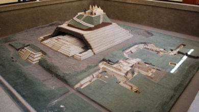 Another model of the pyramid. Image Credit: Wikimedia Commons.