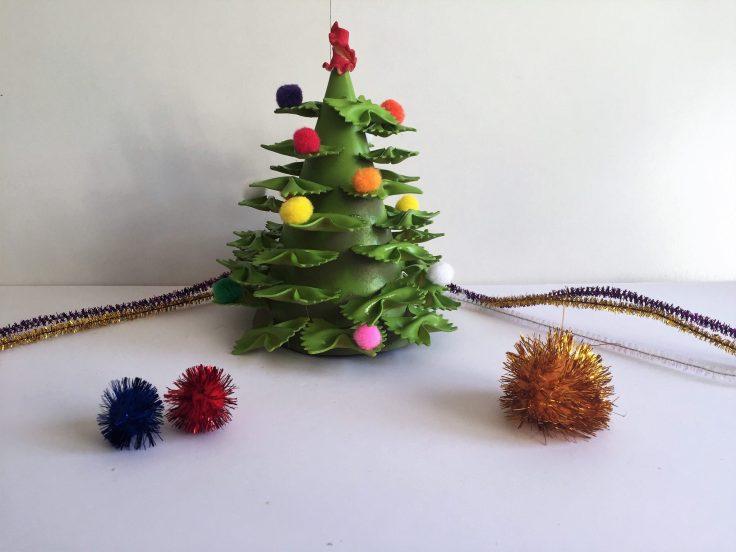 Christmas Tree crafts - Pasta Tree model