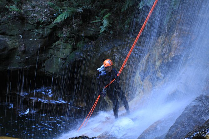 Blue Mountains Canyoning