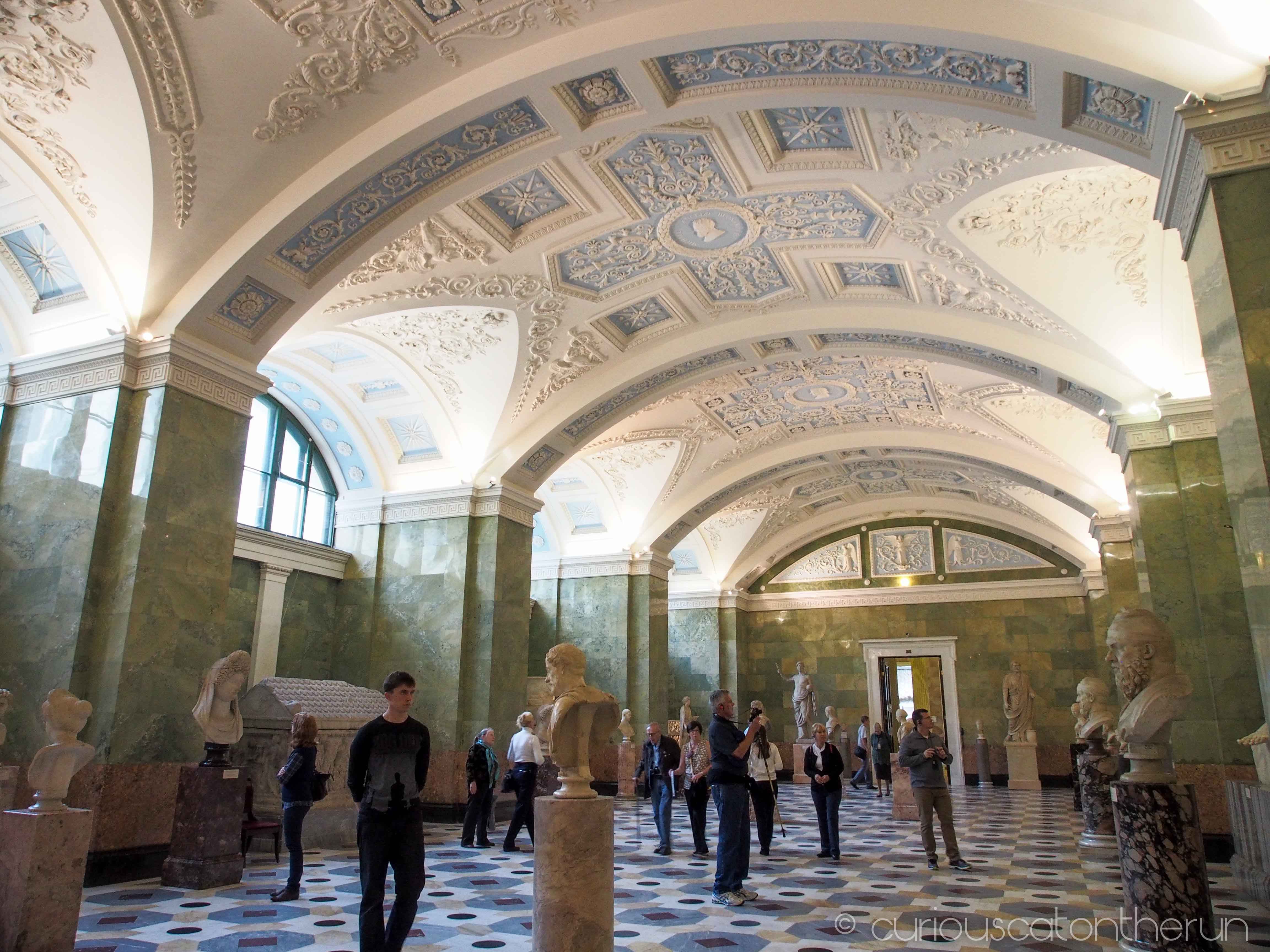 Visiting The Hermitage St Petersburg Curiouscatontherun