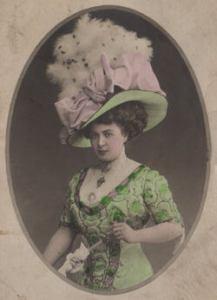Curious Craig - victorian-hats.jpg