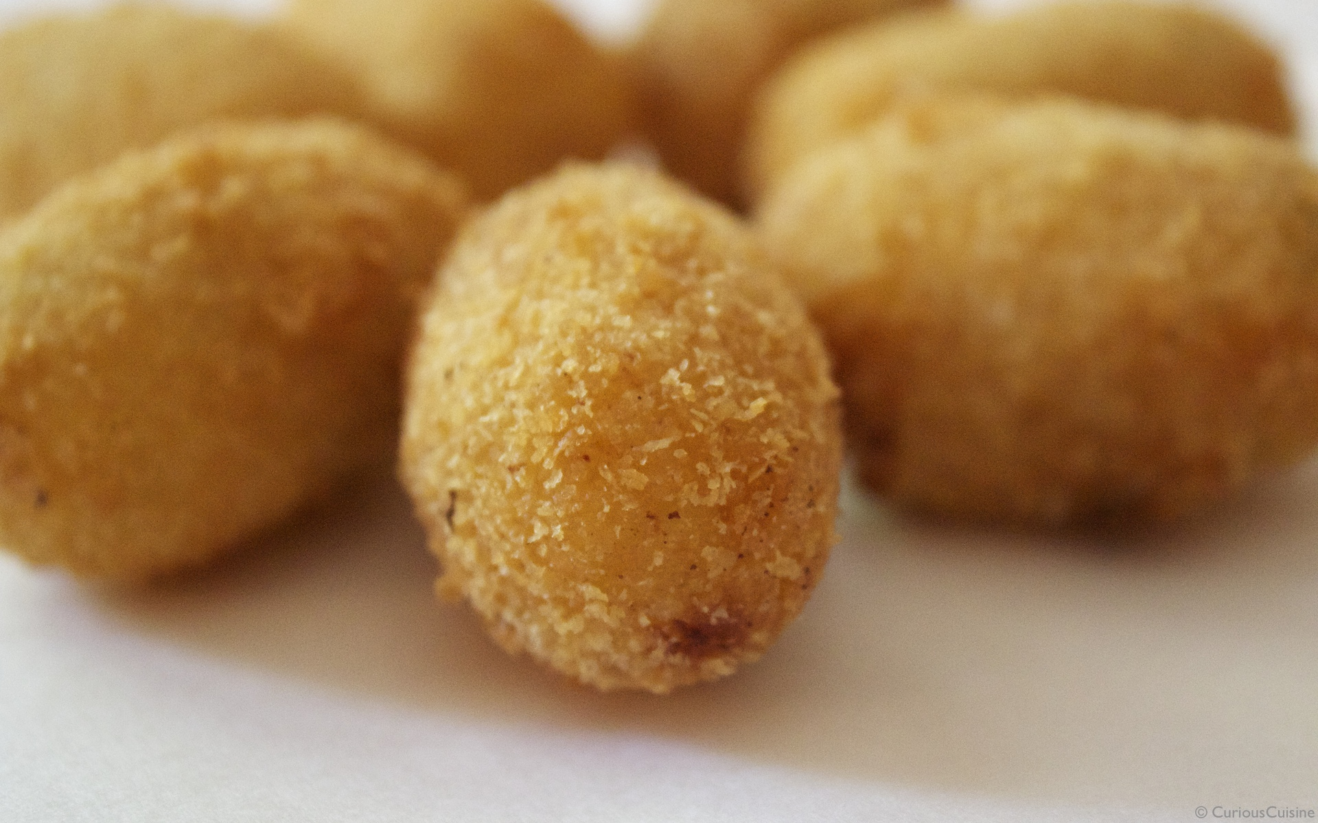 Showing traditional Spanish food culture: croquetas.