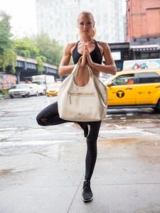 jlew-yoga-0203