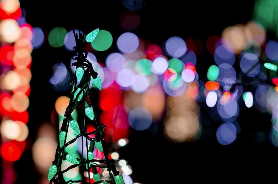 Christmas-Lights-Online.jpg