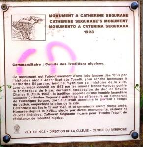Plaque under the monument on rue Sincaire.