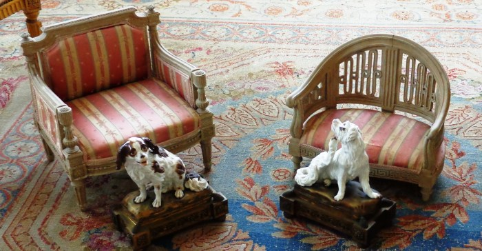 Villa Ephrussi de Rothschild dog chairs
