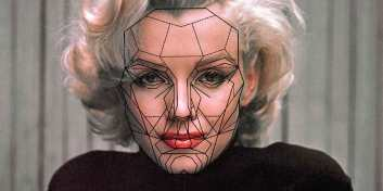 Marilyn-Munroe-Hollywoods-Most-Beautiful-Face