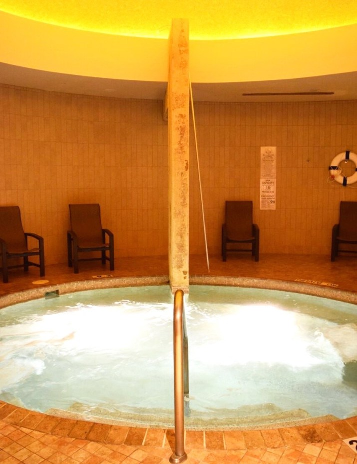 A D Tour Spa Review in Motor City Casino located in Detroit Michigan with photos, and my experiences in the hotel and spa.