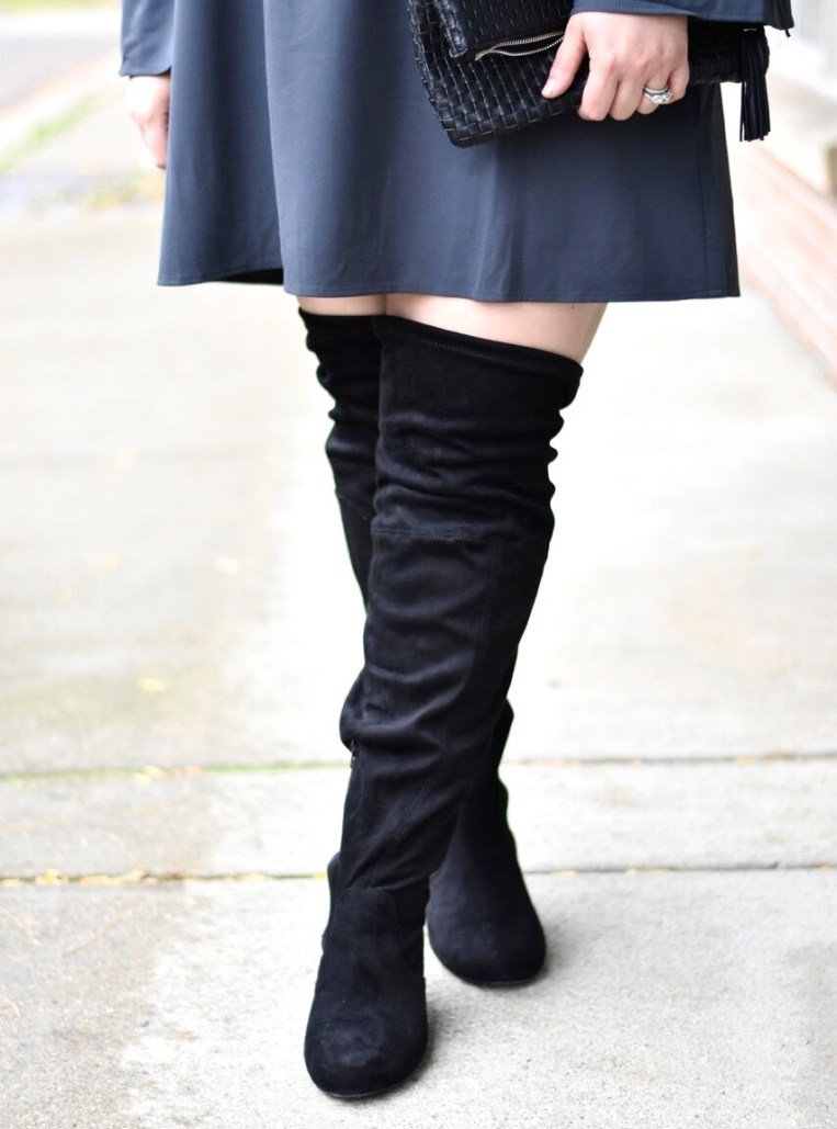 A blog post sharing Yours Clothing Dress and Boots for an edgy holiday look. Yours Clothing is a UK based brand that ships worldwide.