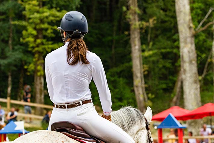 good sitting trot tips can help you sit more deeply on a bouncy sitting trot