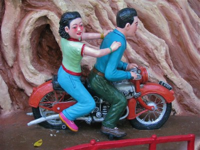 Why Haw Par Villa is the best attraction in Singapore | curlytraveller.com