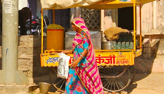 The colorful women of Udaipur