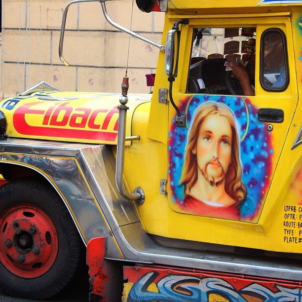 One of the numerous pimped jeepneys in Manilla.