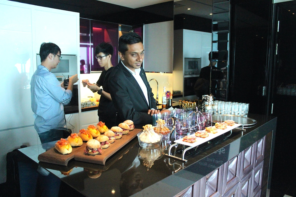 Yummie food in the Extreme Wow Suite W Singapore |curlytraveller.com