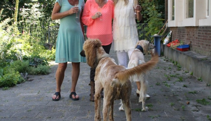 Selfie Sunday #8 – tango, three girlfriends and two Saluki's
