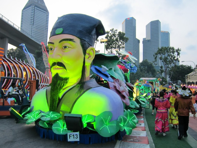 Float at Chingay Singapore |curlytraveller.com