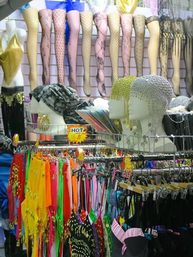 Merchandise at Paddy's Market |curlytraveller.com