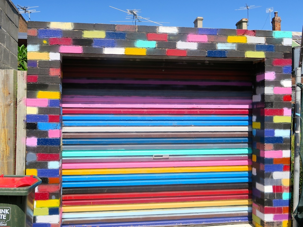 colorful garage door in St Peters, Sydney |curlytraveller.com