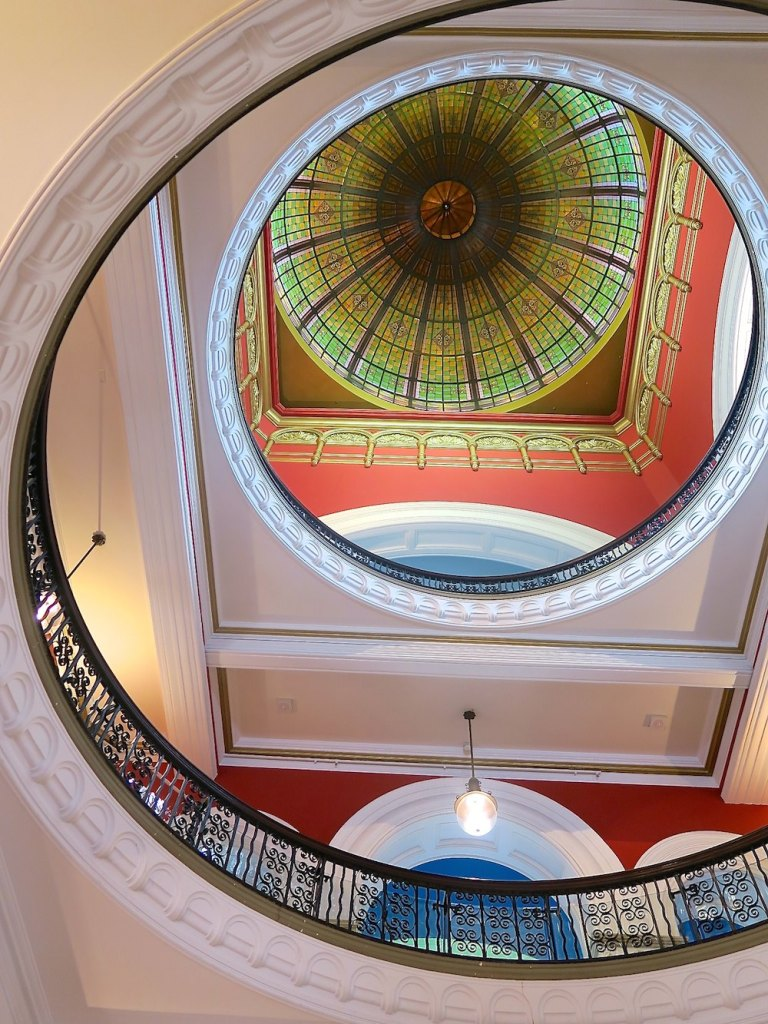 Glass dome in QVB Sydney|curlytraveller.com