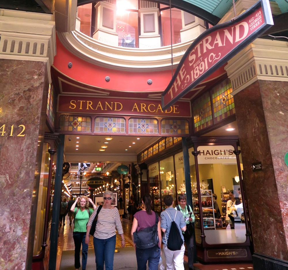 Entrance of The Strand|curlytraveller.com