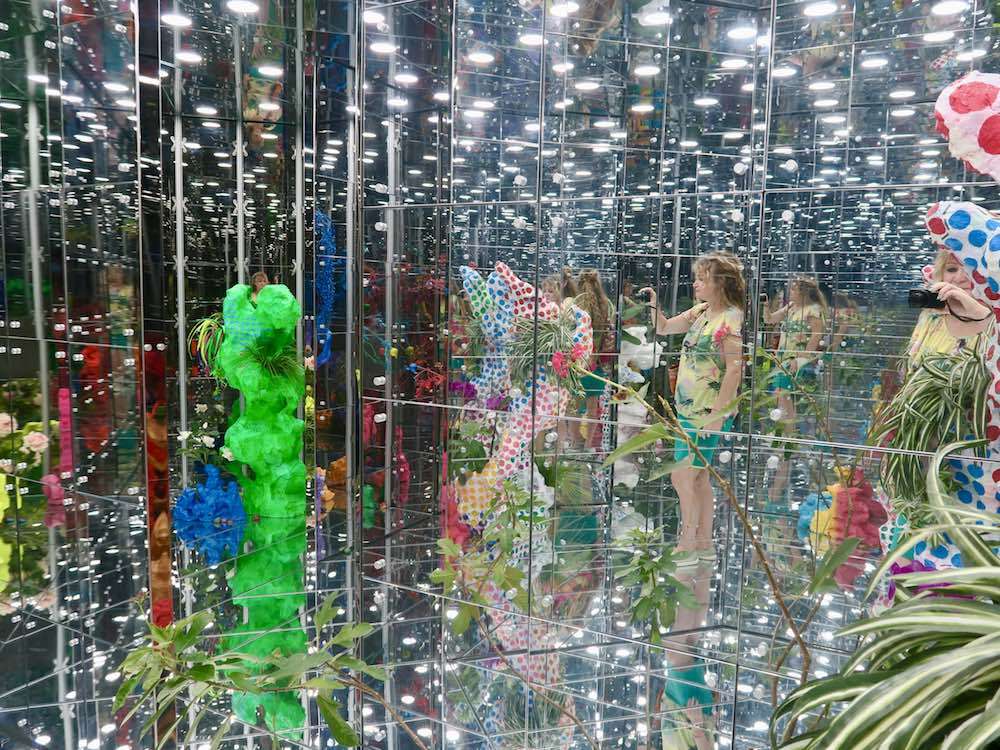 Reflections everywhere at Singapore Biennale 2016 |curlytraveller.com