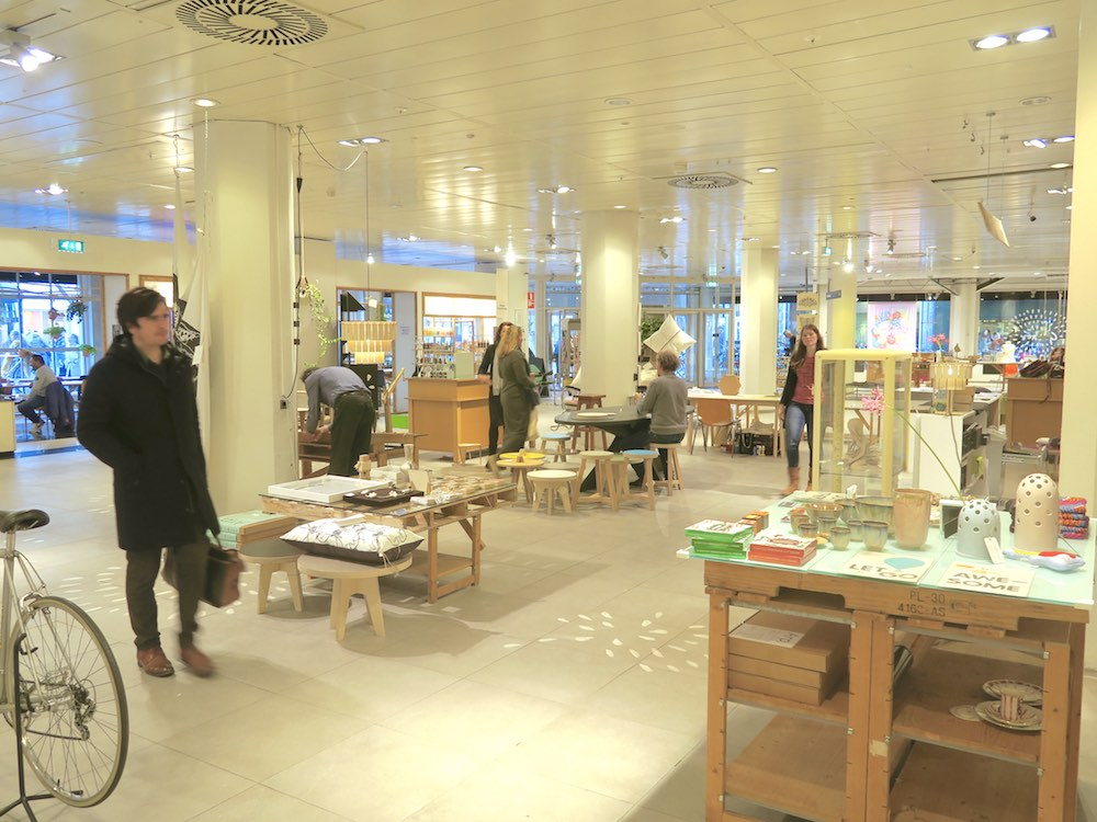 Spacious layout in Gather Haarlem  curlytraveller.com