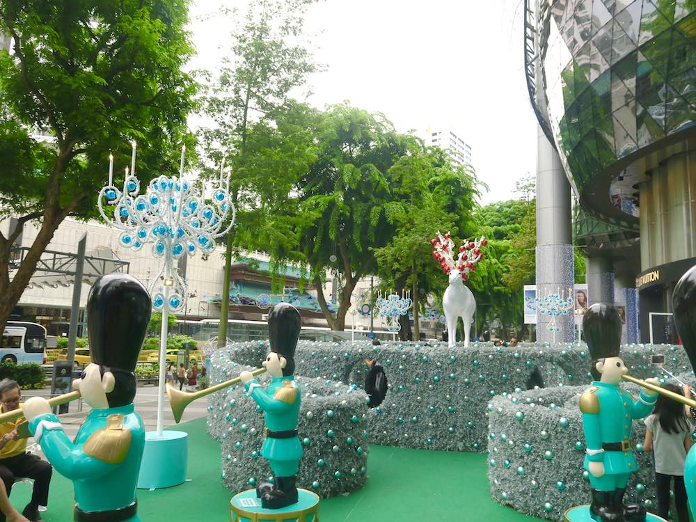 Christmas decor in front of ION Orchard |curlytraveller.com