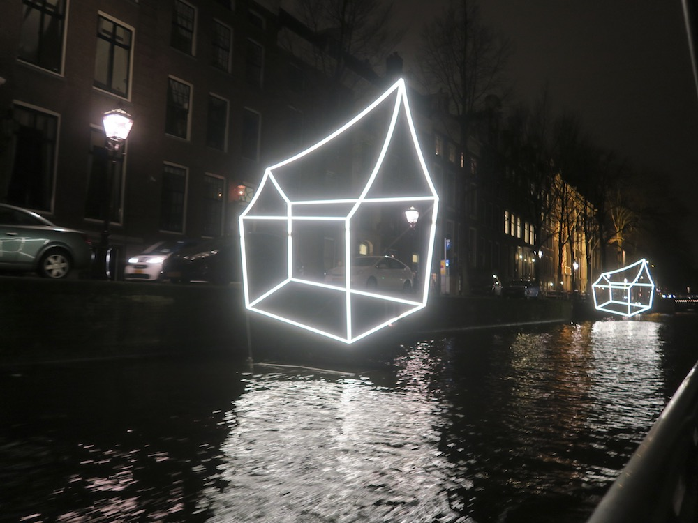 Welcome to my home(town) at Amsterdam Light Festival 2016 |curlytraveller.com