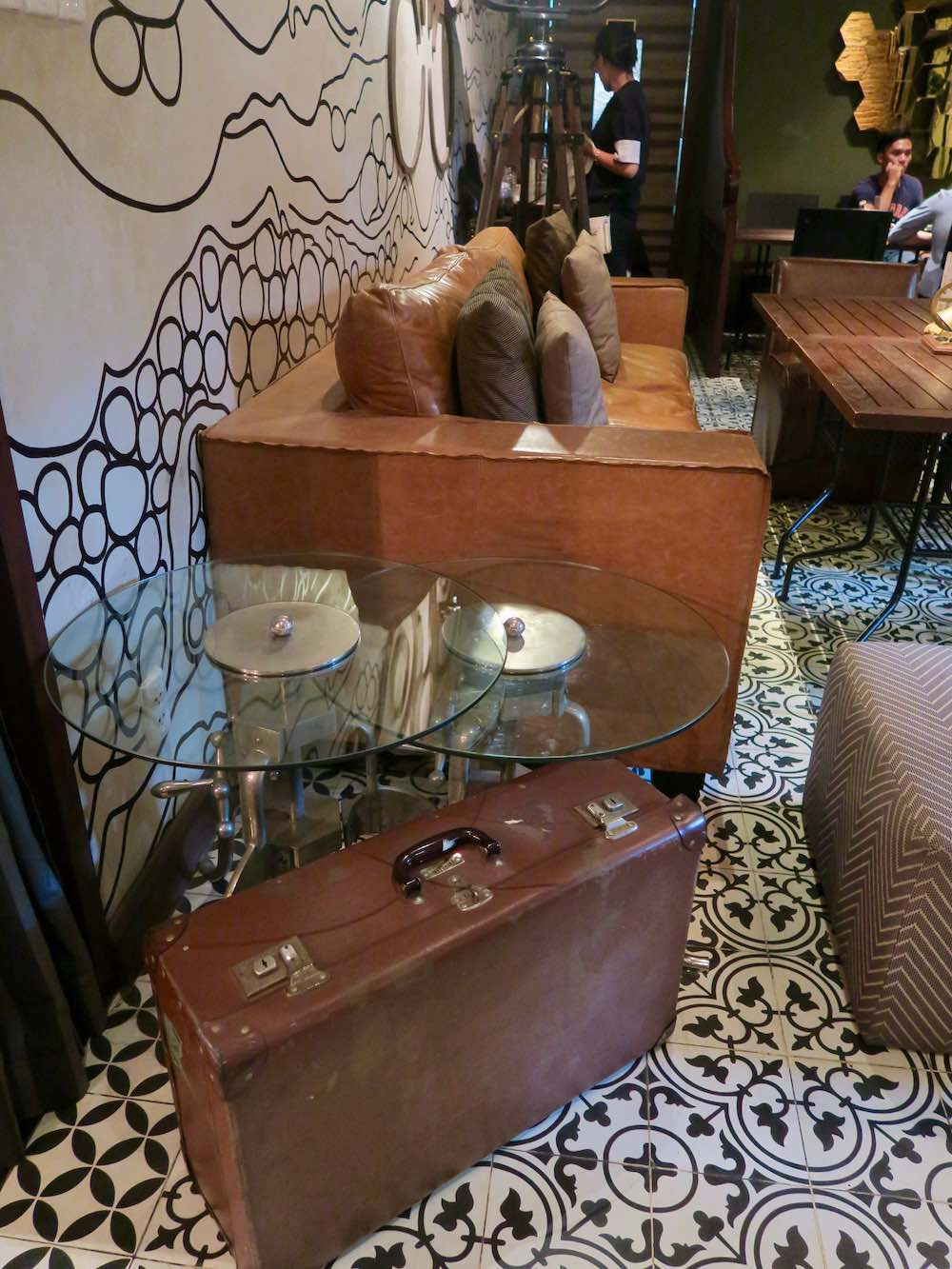 Suitcases as decor in Cafe Runam Saigon |curlytraveller.com