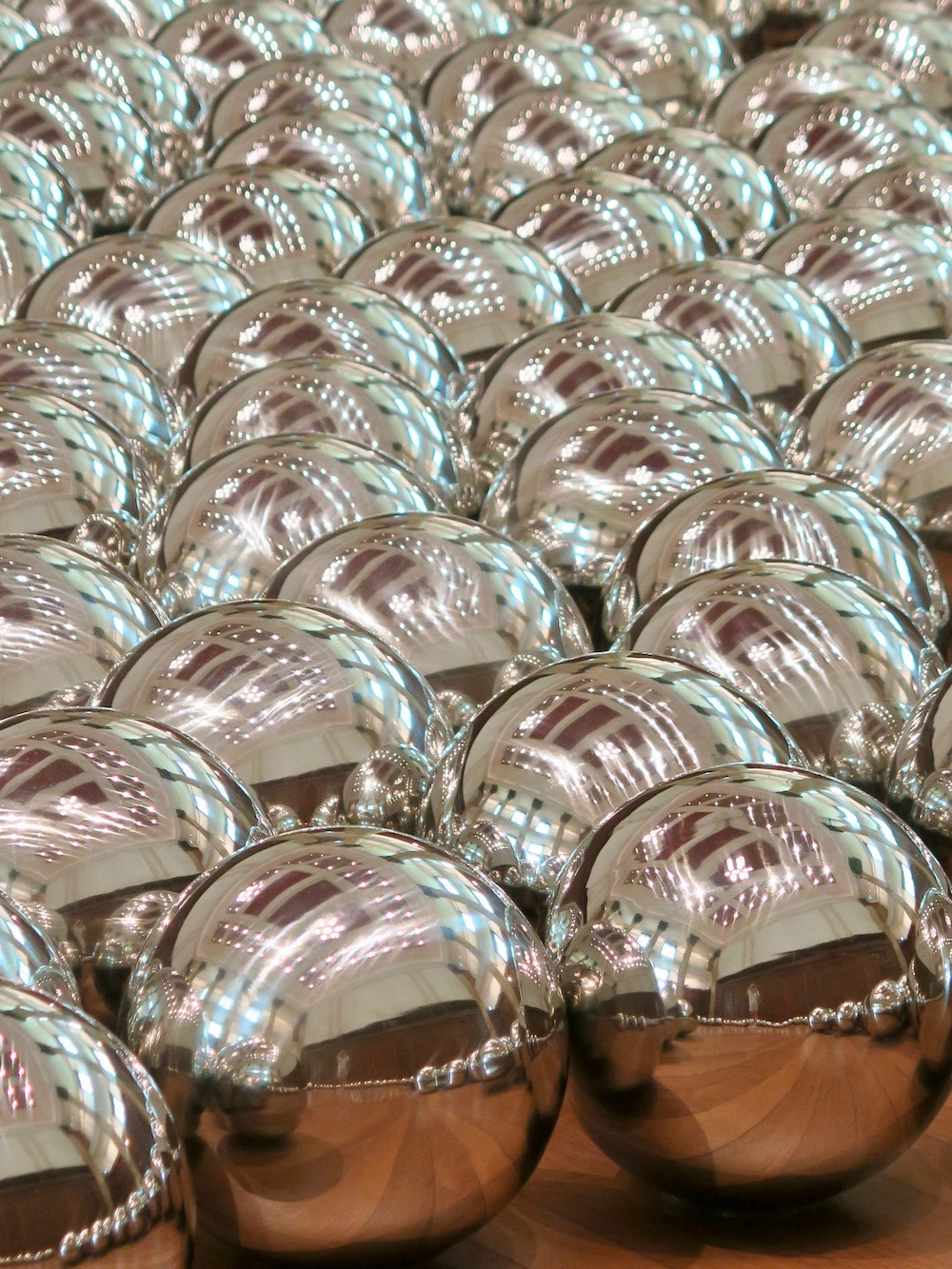 Repetition of balls |curlytraveller.com