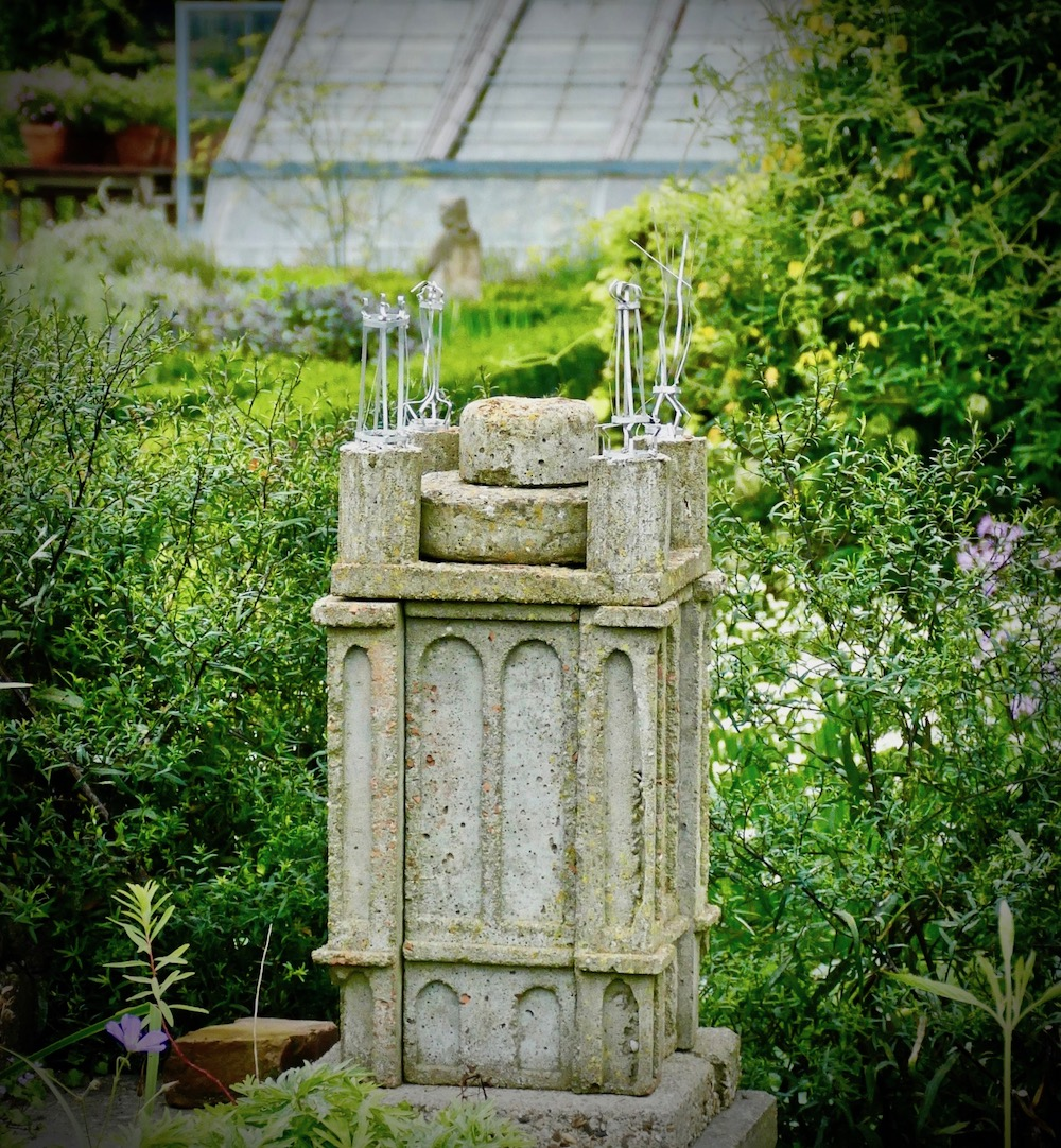 Miniature sculptures of the water tower at Villa Augustus Dordrecht |curlytraveller.com