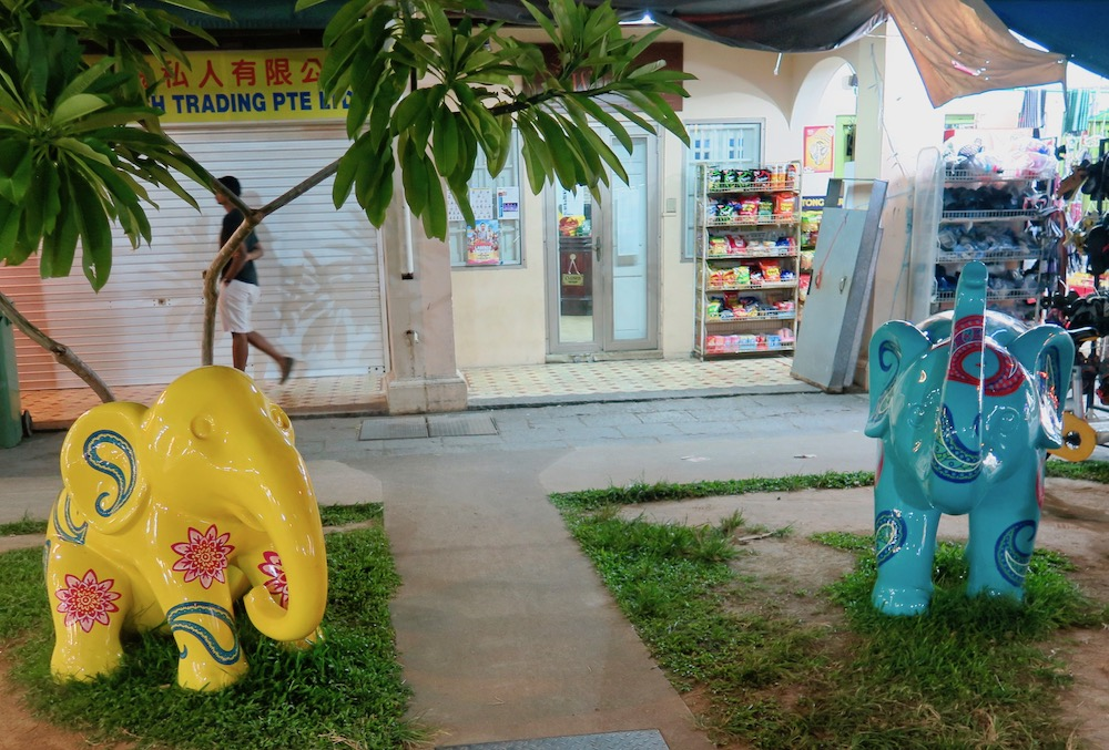 Elephant statues in Little India |curlytraveller.com