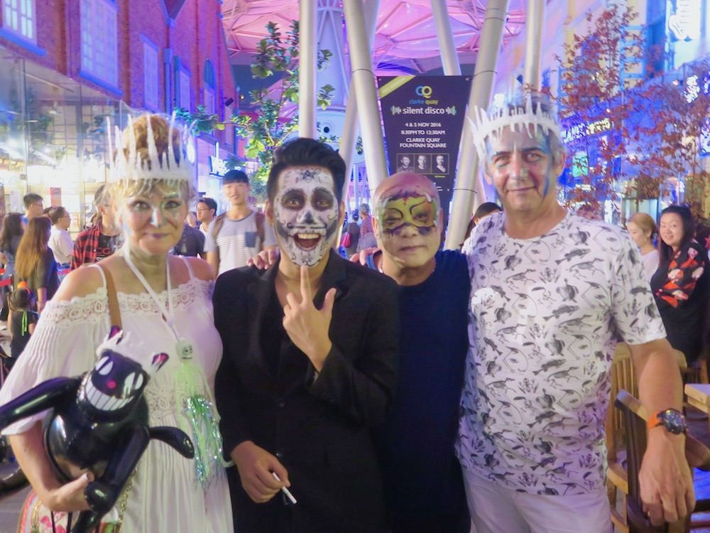 People having fun during Halloween at Clarke Quay Singapore |curlytraveller.com