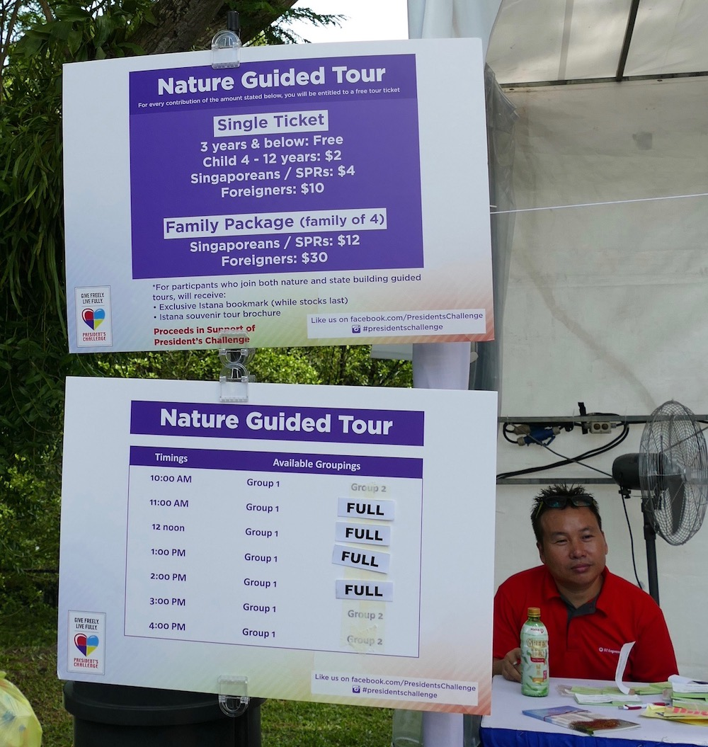 Sold out tours at the Istana Singapore |curlytraveller.com