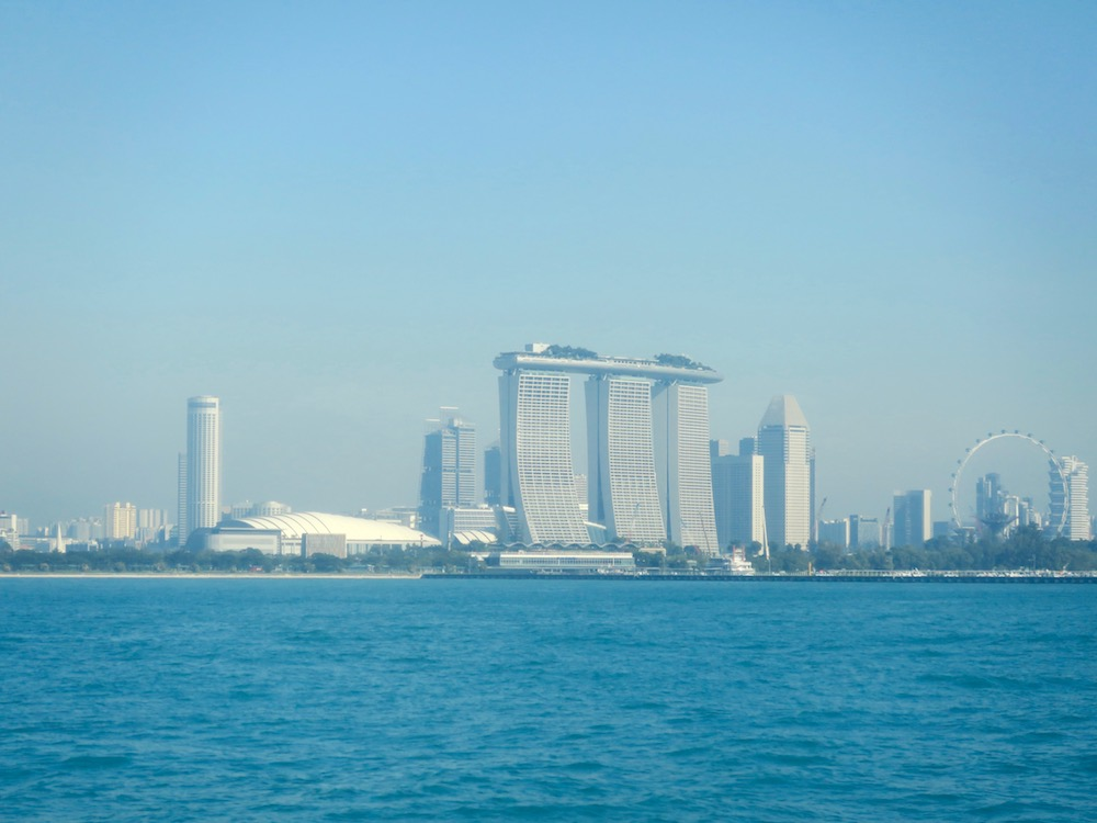 Skyline of Singapore, seen from the sea |curlytraveller.com