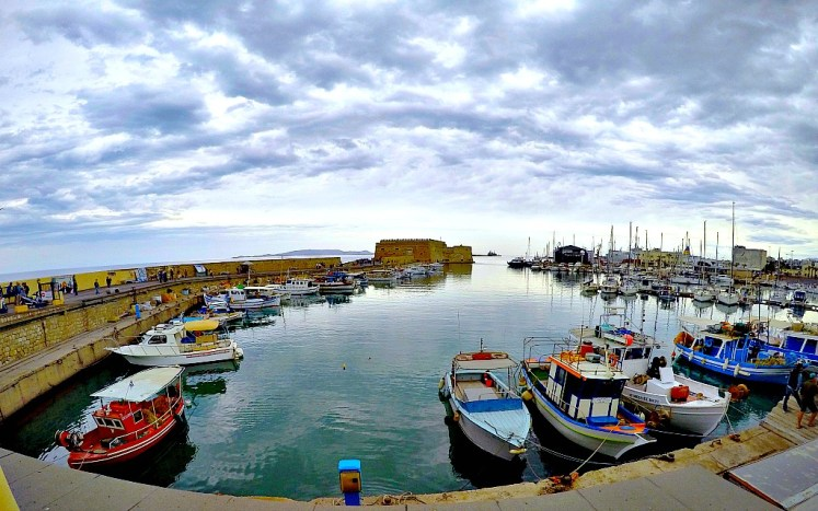 Port i mury obronne w Heraklion